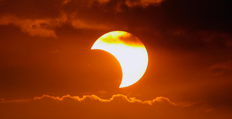 Resultado de imagen para Eclipse solar parcial