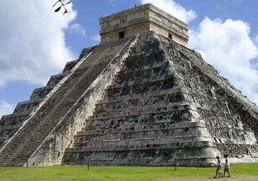 Chichén Itzá Cueva Balamkú
