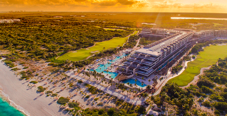 Playa Mujeres ATELIER