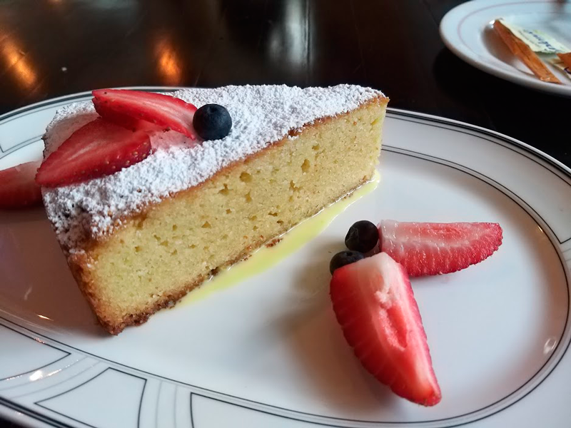 La Cuchara de San Sebastian gastronomía española postre tarta