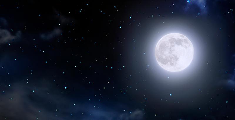 Luna pasará por Saturno