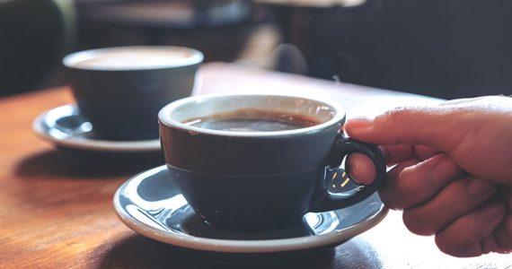 café mil dólares