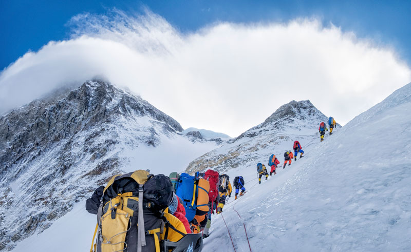 Everest Exceso de Turistas