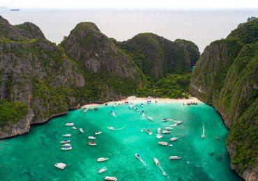 exceso de Turistas Maya bay Tailandia