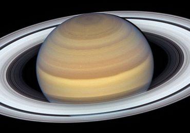 Hubble Saturno