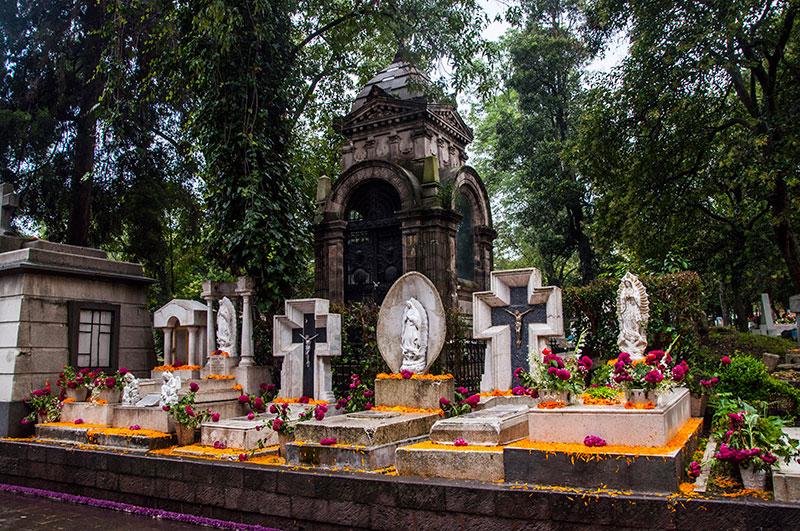 Panteón de Dolores Cementerios