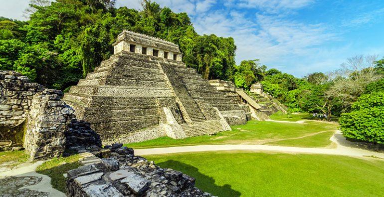 Palenque escalinata Maya escalera