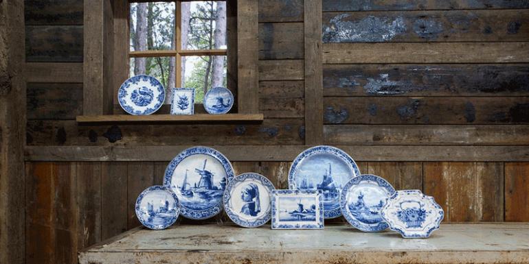 fábrica de cerámica azul