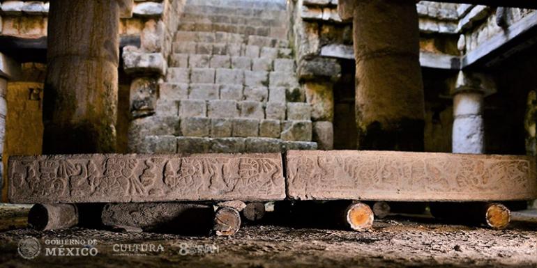 Mesa de piedra Chichén Itzá Maya