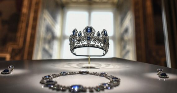 diamantes corona francesa