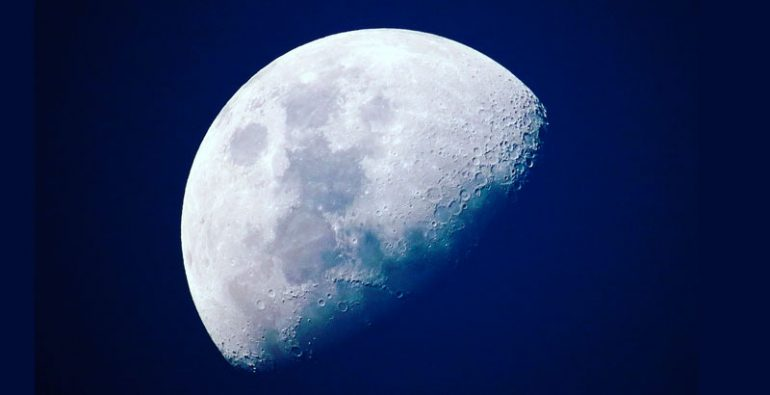 primer eclipse lunar del decenio