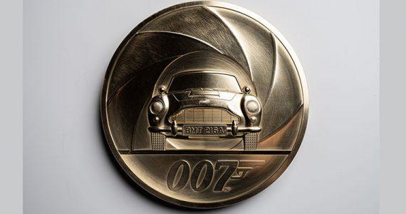 moneda James Bond