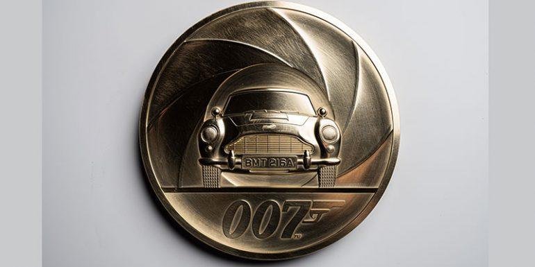 moneda James Bond