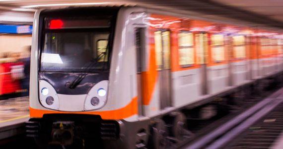 Metro CDMX cubrebocas usuarios abril