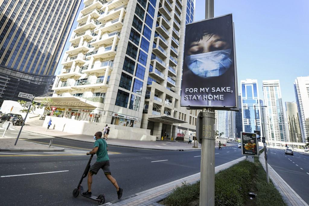 pandemia Emiratos Árabes Unidos hogares
