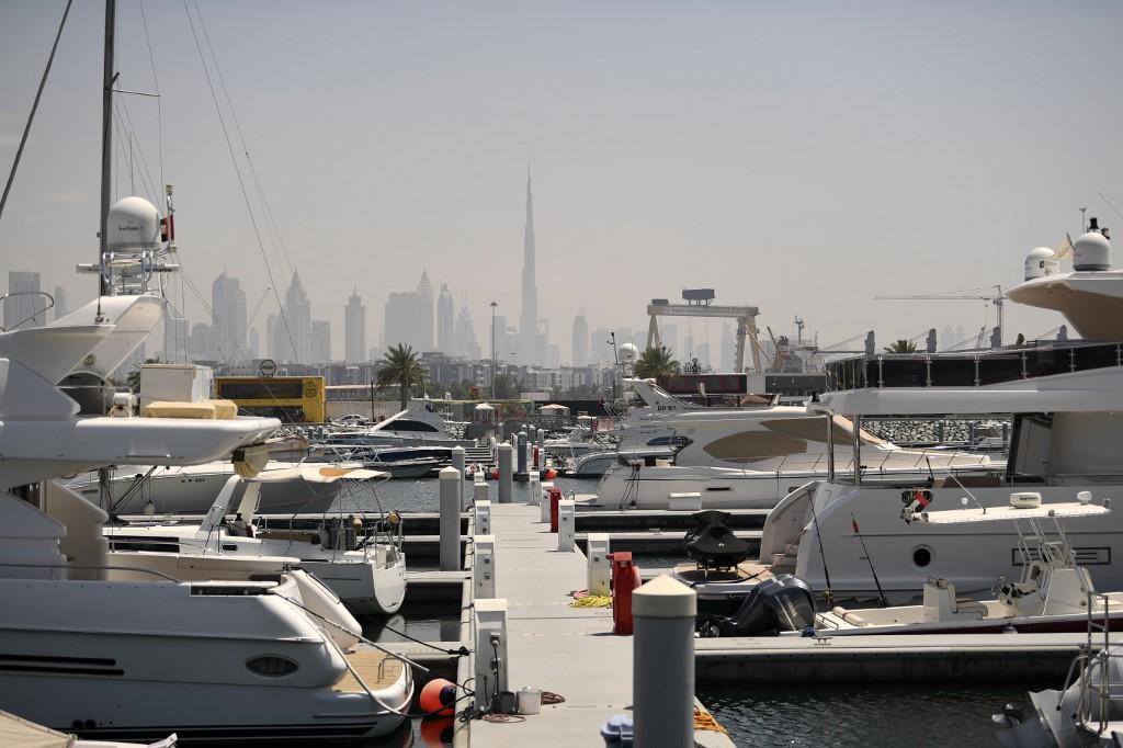 lujo Emiratos Árabes Unidos yates pandemia