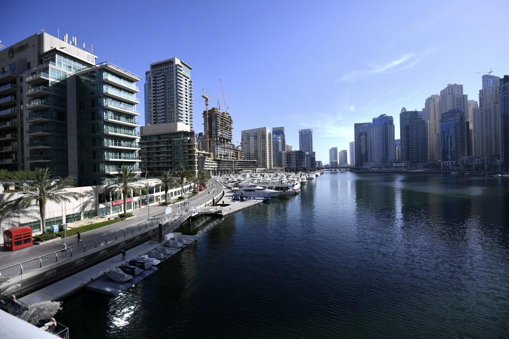 yates Dubái Emiratos Árabes Unidos Pandemia