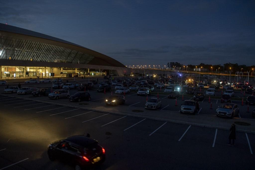 Aeropuerto Internacional de Montevideo Uruguay autocinema
