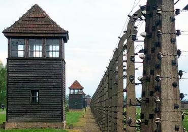 objetos ocultos campo de concentración nazi de Auschwitz
