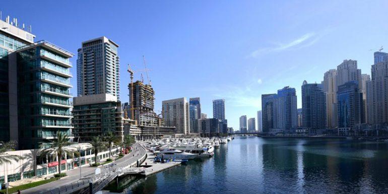 yates Dubái Emiratos Árabes Unidos Pandemia Lujo