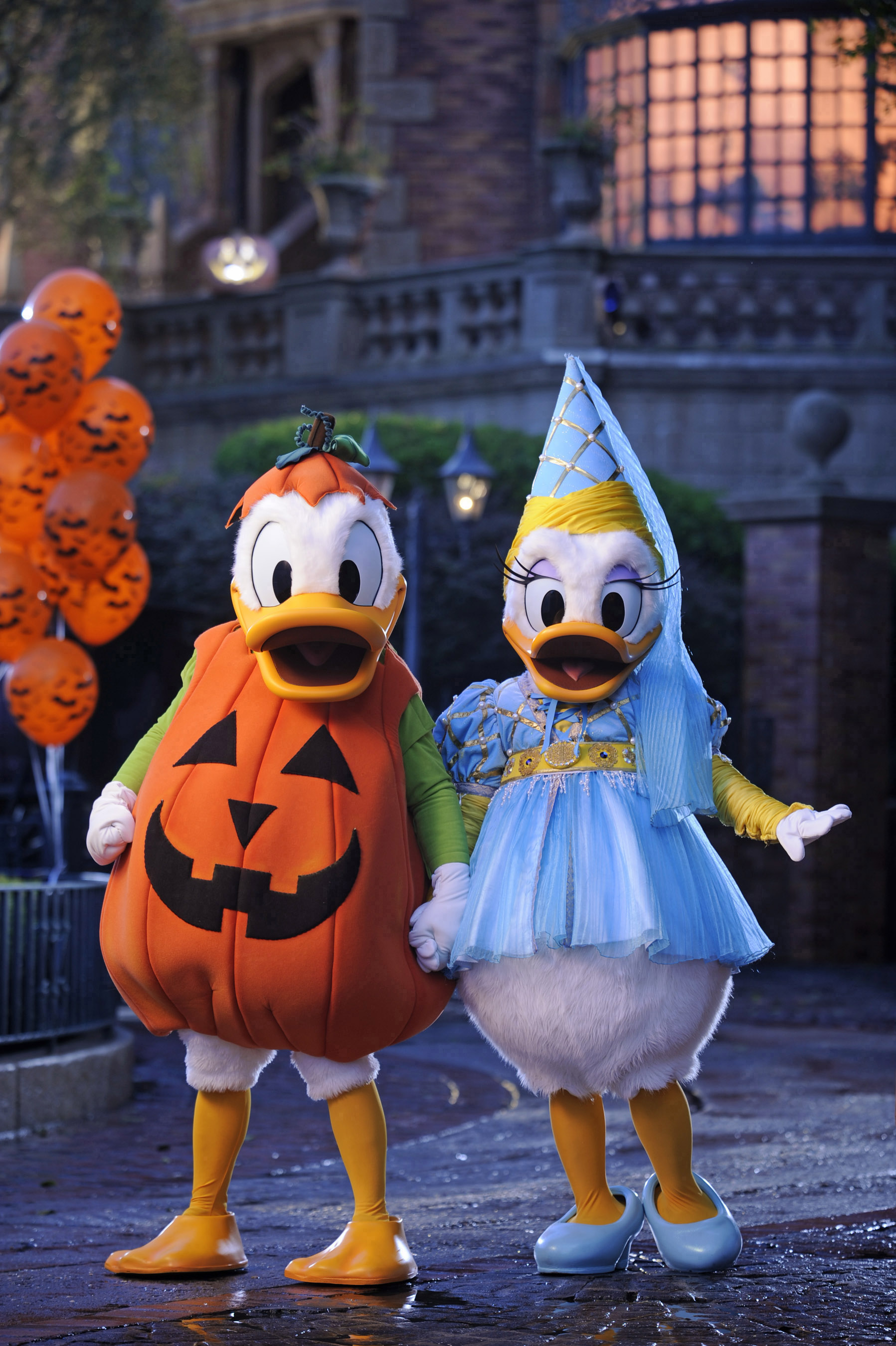 Pato Donald Daisy Halloween Magic Kingdom Disney