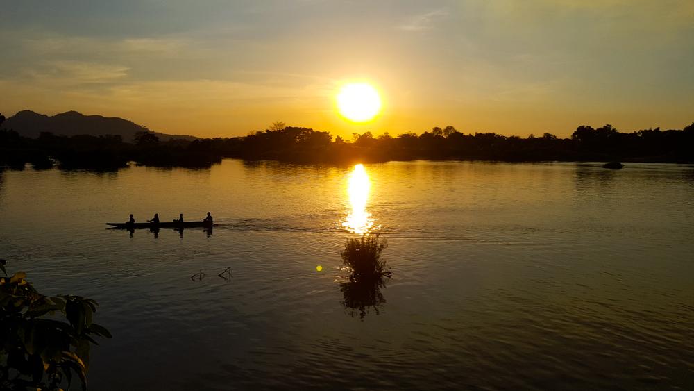 Si Phan islas al sur de Laos.