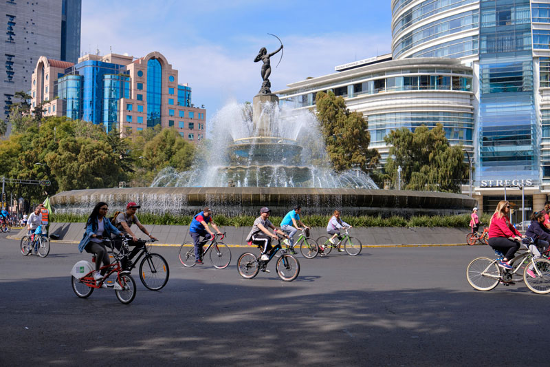 Fuente de la Diana Cazadora ciclistas Ciudad de México