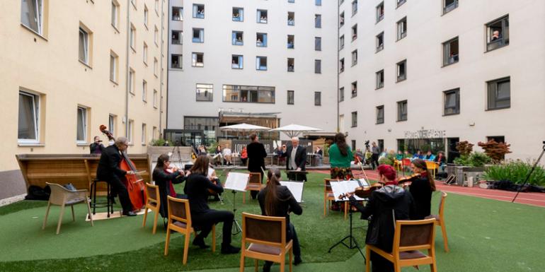 Viena Hotel Zeitgeist concierto ópera ventana