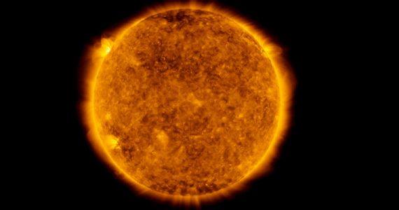 Sol llamarada solar actividad solar Tierra NASA