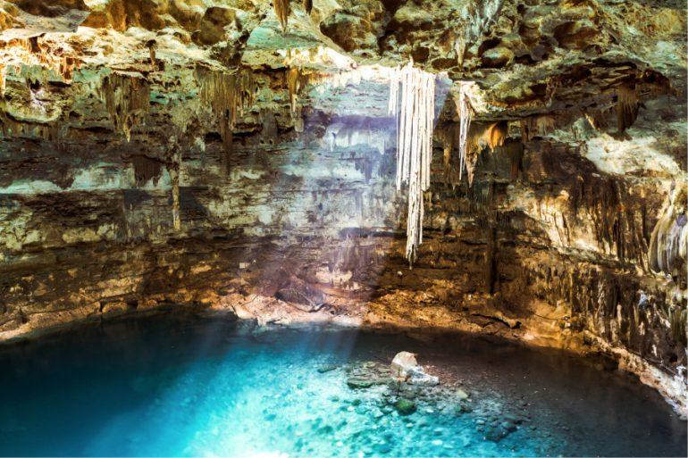 Cenotes: La entrada al inframundo Maya