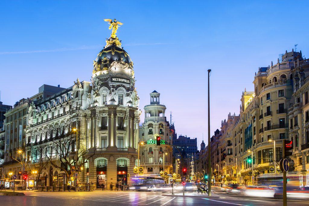 Cuanto cuesta un viaje a España
