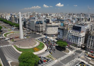 cuanto cuesta viajar a argentina
