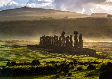 como llegaron los habitantes de polinesia hasta la isla de pascua