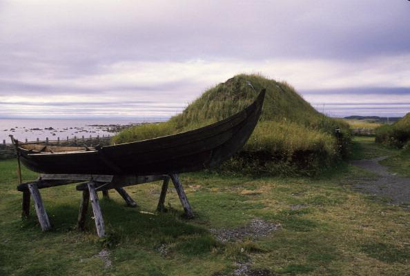 réplicas de casas vikingas en Canadá